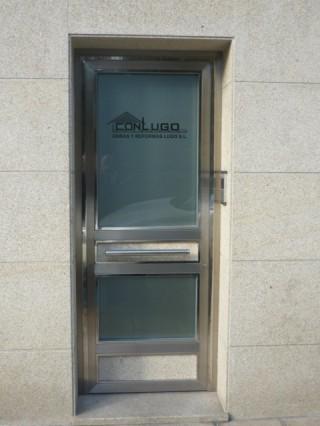 Puerta oficina Conlugo Obras y Reformas Lugo SL
